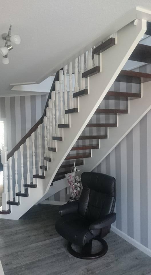 Treppenhaus streichen Maler Werlte