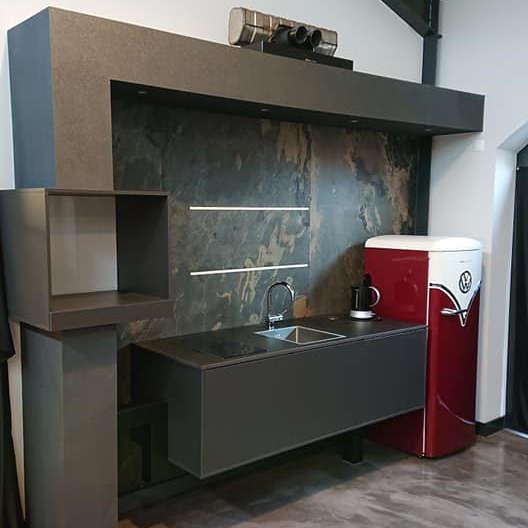Küchenneugestaltung mit Echtsteinfurnier - Maler in Werlte